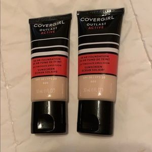 Other - Covergirl Outlast Foundation